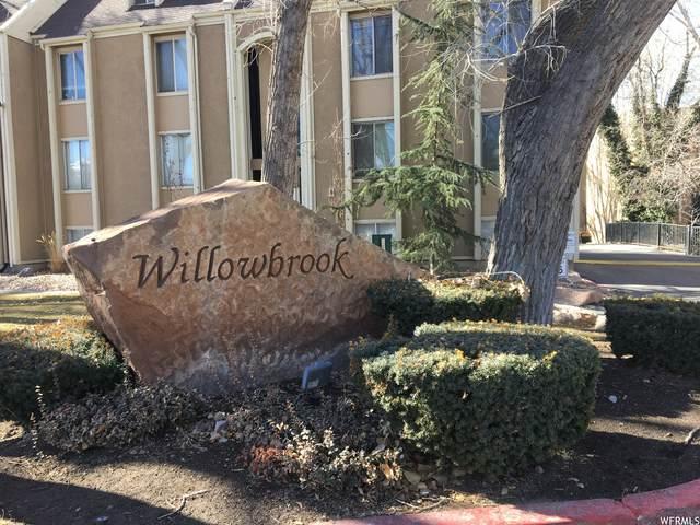 406 E Creekside Cir S E, Murray, UT 84107 (#1724139) :: Big Key Real Estate