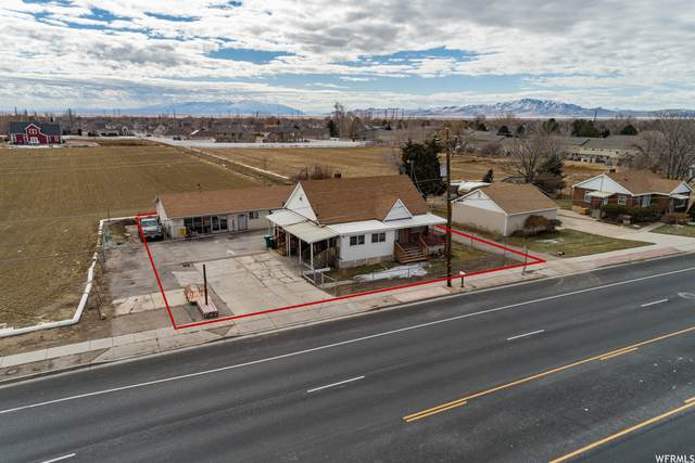 304 E 1700 S, Clearfield, UT 84015 (#1724334) :: C4 Real Estate Team