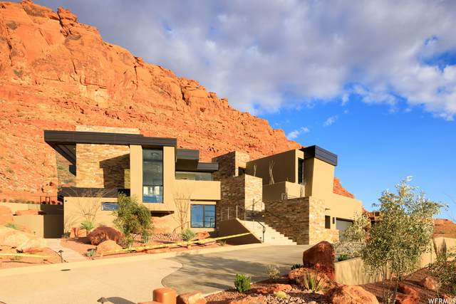 2225 W Acowa Cir, St. George, UT 84770 (#1724670) :: The Lance Group