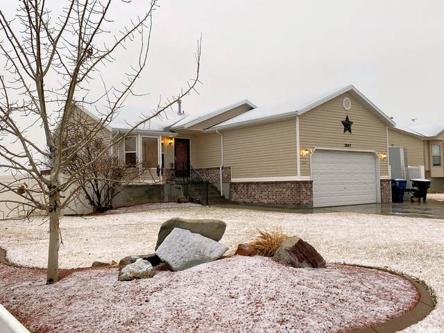 2647 S Isis Cir, Magna, UT 84044 (#1724708) :: The Lance Group