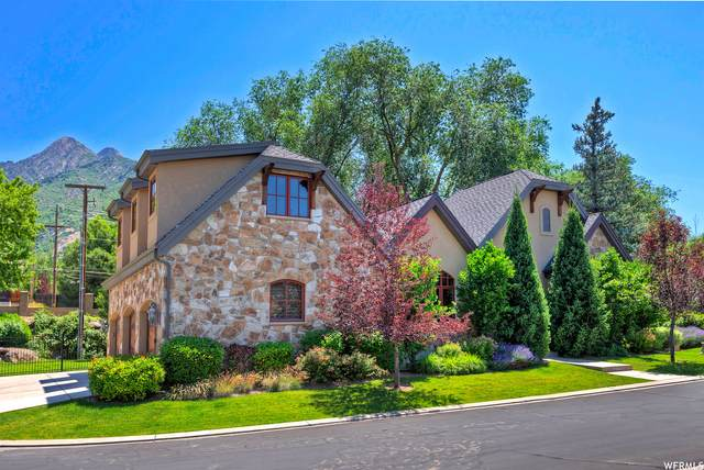 4965 S Holladay Pines Ct E, Holladay, UT 84117 (#1724922) :: The Lance Group