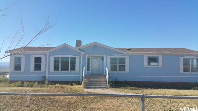 1224 W Cobble Hollow Dr N, Roosevelt, UT 84066 (#1724994) :: Red Sign Team