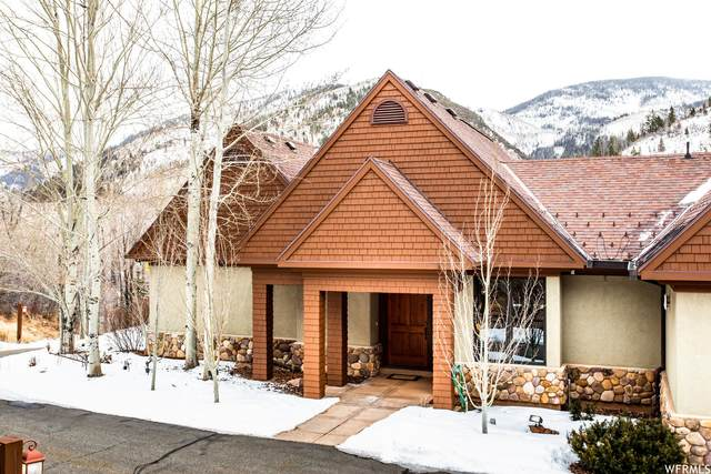 2572 W Weber Canyon Rd, Oakley, UT 84055 (MLS #1725109) :: Summit Sotheby's International Realty