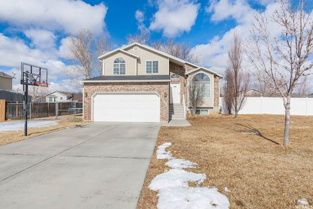 1132 W 2400 N, Clinton, UT 84015 (#1725505) :: The Lance Group