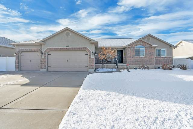 1611 W 350 N, West Point, UT 84015 (#1725643) :: The Lance Group