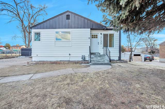 2135 W 3950 S, Roy, UT 84067 (#1726580) :: Doxey Real Estate Group