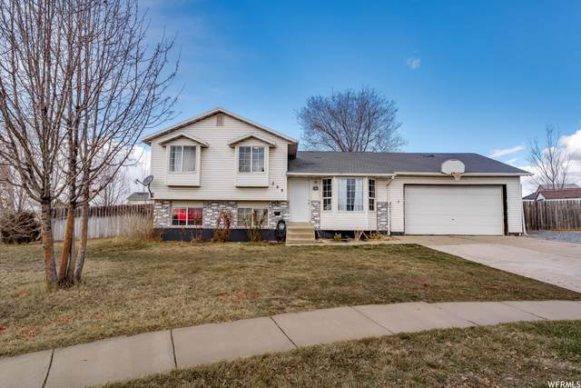 299 W 90 N, Clearfield, UT 84015 (#1726670) :: C4 Real Estate Team