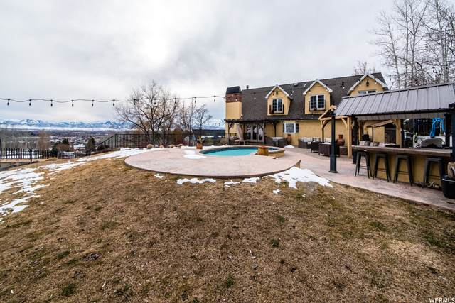 1150 Lamplighter Dr, River Heights, UT 84321 (#1726751) :: goBE Realty
