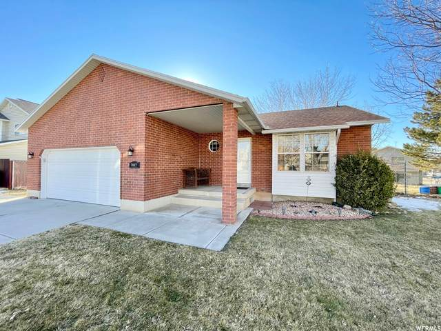 987 N 575 W, Clearfield, UT 84015 (#1727129) :: RE/MAX Equity