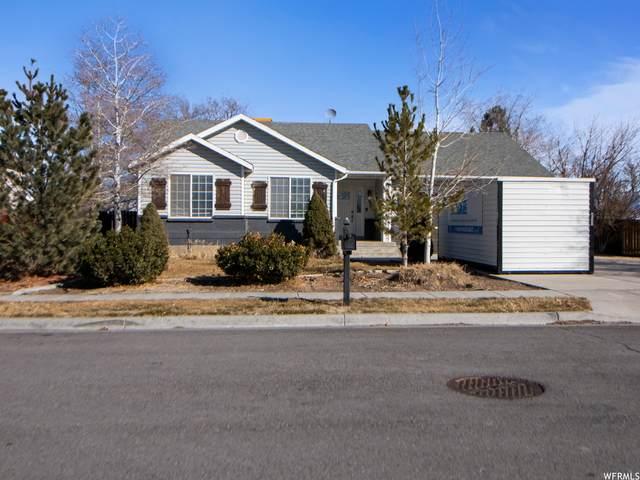 105 Orchard Ln, Grantsville, UT 84029 (#1727624) :: Black Diamond Realty