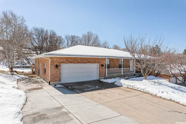 1446 E Lakeview Dr S, Bountiful, UT 84010 (#1727742) :: Red Sign Team
