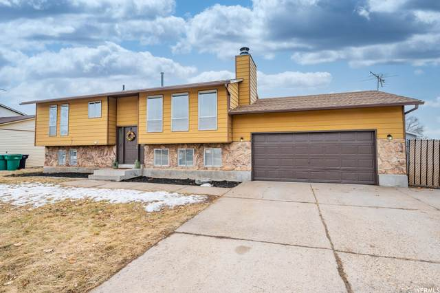 1049 W 525 N, Clearfield, UT 84015 (#1727986) :: Red Sign Team