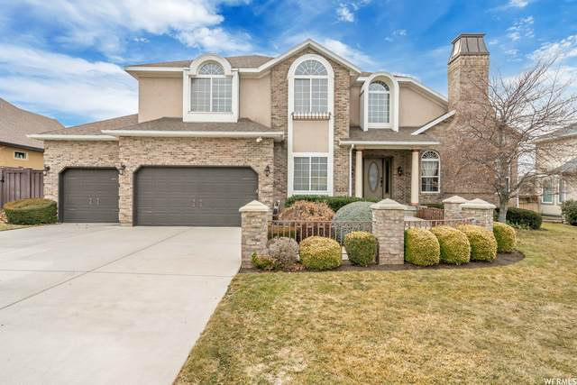 8382 S Willow Creek Dr E, Sandy, UT 84093 (#1728851) :: REALTY ONE GROUP ARETE