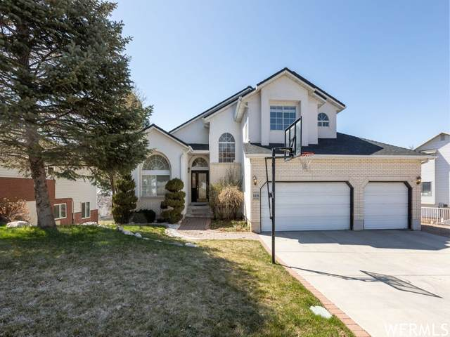 1438 E 2500 N, Layton, UT 84040 (#1729671) :: Berkshire Hathaway HomeServices Elite Real Estate