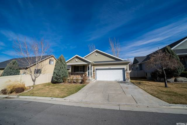 1054 W 250 N, Clearfield, UT 84015 (#1729931) :: Red Sign Team