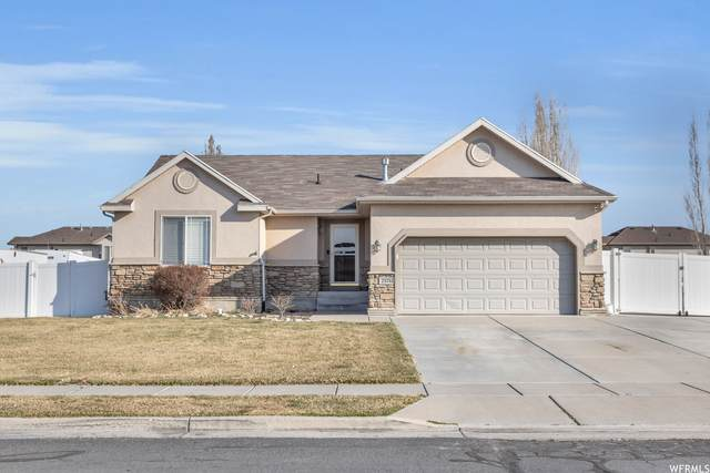 2576 W 2580 N, Clinton, UT 84015 (MLS #1730411) :: Lookout Real Estate Group