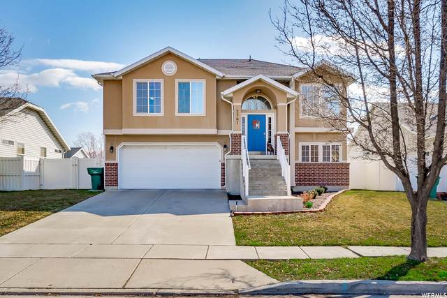 2367 S 225 E, Clearfield, UT 84015 (MLS #1730486) :: Lookout Real Estate Group