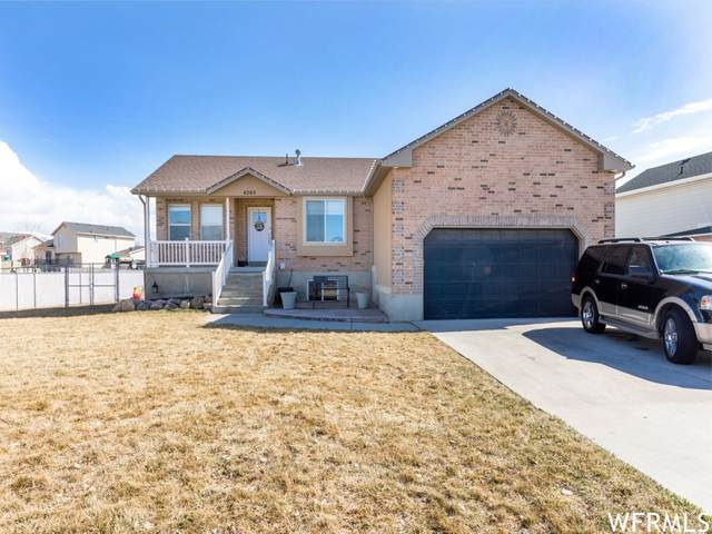 4205 W 5850 S, Roy, UT 84067 (MLS #1730586) :: Lookout Real Estate Group