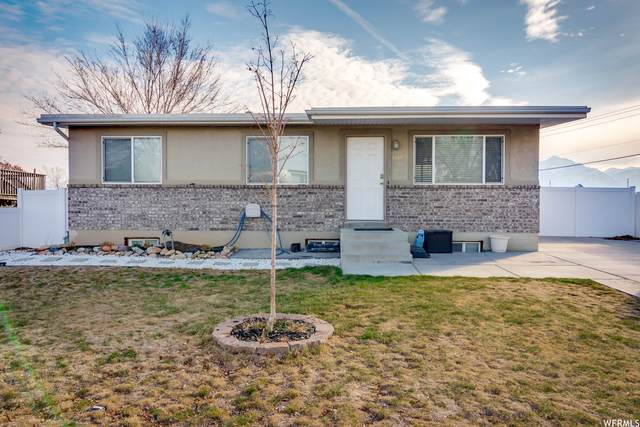 8693 S 3680 W, West Jordan, UT 84088 (#1730832) :: Berkshire Hathaway HomeServices Elite Real Estate