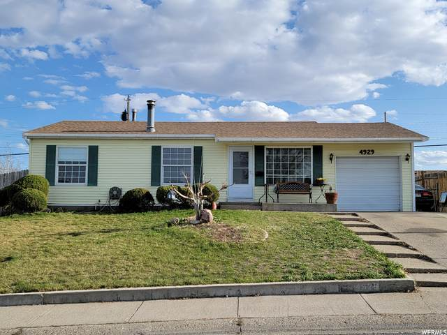 4929 W 5360 S, Kearns, UT 84118 (#1731185) :: Berkshire Hathaway HomeServices Elite Real Estate