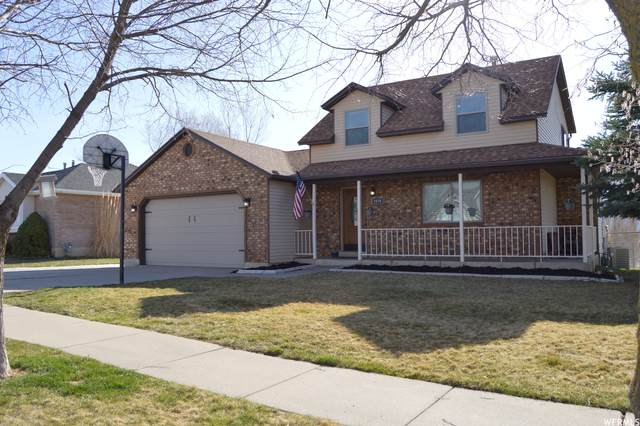 1038 E 3350 N, Layton, UT 84040 (#1731532) :: The Perry Group