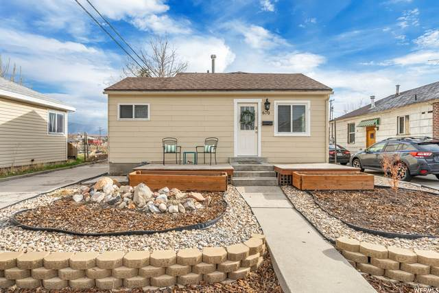 670 E Hollywood Ave, Salt Lake City, UT 84105 (#1731741) :: goBE Realty