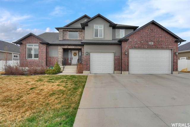 1336 W 725 S, Layton, UT 84041 (#1731874) :: Bustos Real Estate | Keller Williams Utah Realtors