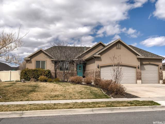 1362 W 2340 N, Clinton, UT 84015 (#1732672) :: The Perry Group
