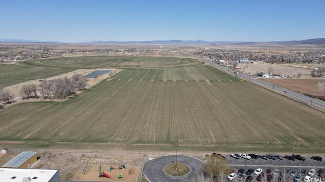 3901 N Minersville Hwy, Enoch, UT 84721 (#1732786) :: REALTY ONE GROUP ARETE