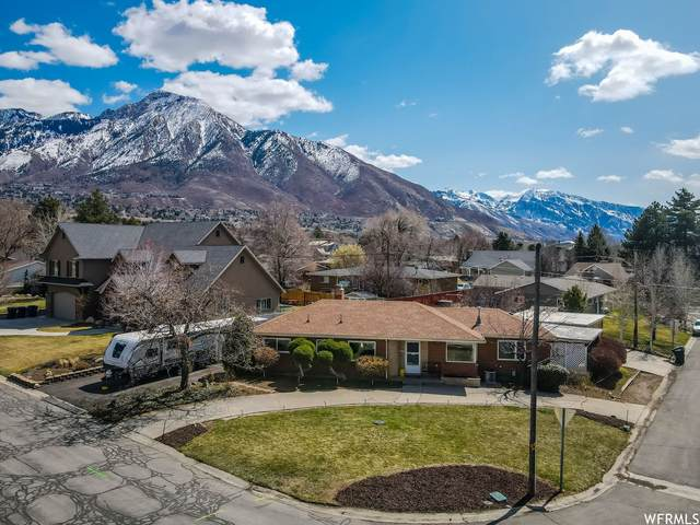 2578 Capricorn Way, Holladay, UT 84124 (#1732821) :: Doxey Real Estate Group