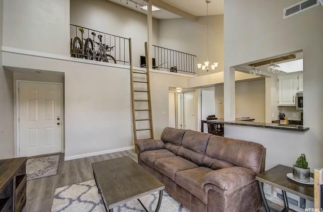 6861 N 2200 W 9Q, Park City, UT 84098 (#1732925) :: Gurr Real Estate