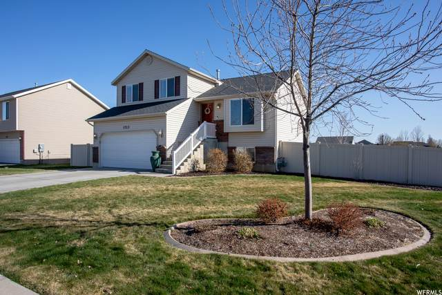 1713 W 600 N, Clinton, UT 84015 (#1733074) :: The Perry Group