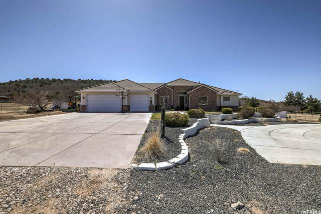 1021 W Topaz Rd, St. George, UT 84770 (#1733124) :: Doxey Real Estate Group