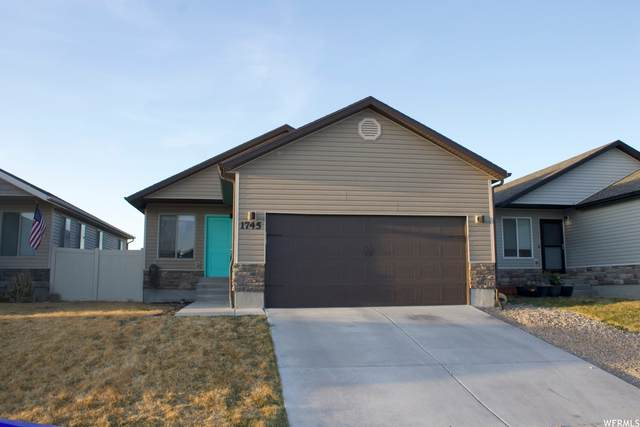 1745 E Tumwater Ln, Eagle Mountain, UT 84005 (#1733543) :: Red Sign Team