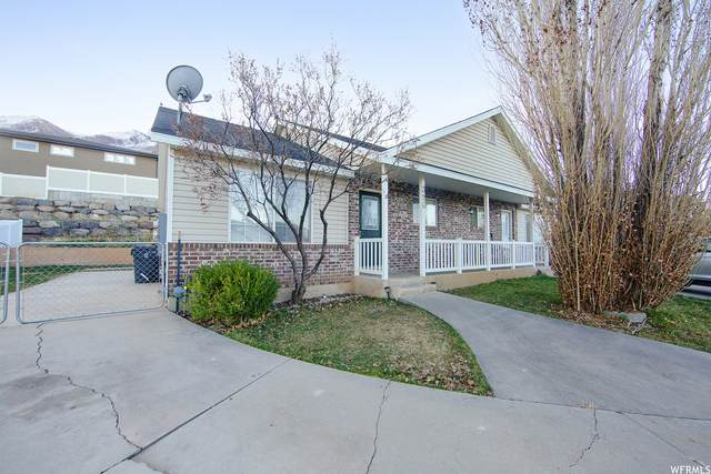 396 N Peach St, Santaquin, UT 84655 (#1733646) :: The Perry Group