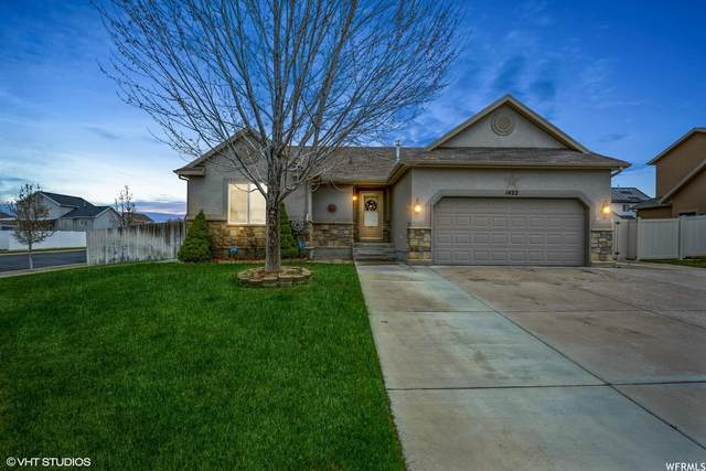1422 N 2530 W, Clinton, UT 84015 (#1734292) :: Doxey Real Estate Group
