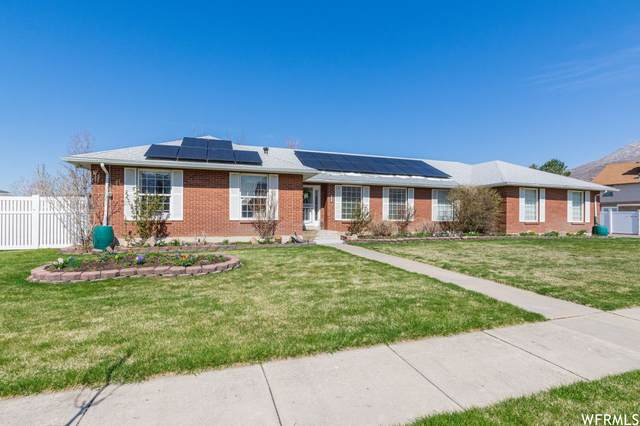 5883 S Jared Way E, South Ogden, UT 84403 (#1734312) :: Doxey Real Estate Group