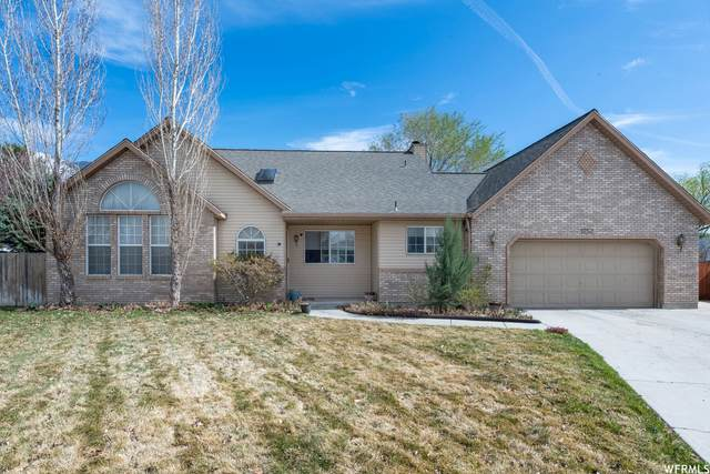 1252 E Shadow Gate Cir S, Sandy, UT 84094 (#1734324) :: Black Diamond Realty