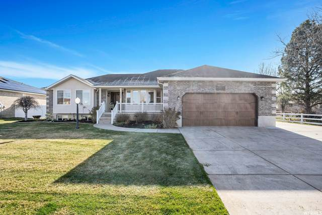 1377 S 2500 W, Syracuse, UT 84075 (#1734457) :: Exit Realty Success