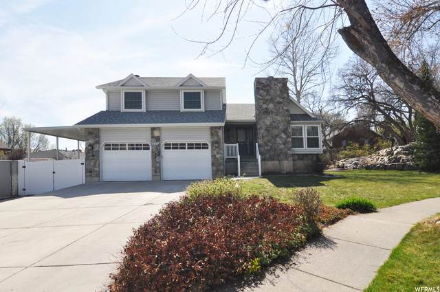 1437 N 1670 W, Farmington, UT 84025 (#1734742) :: The Perry Group