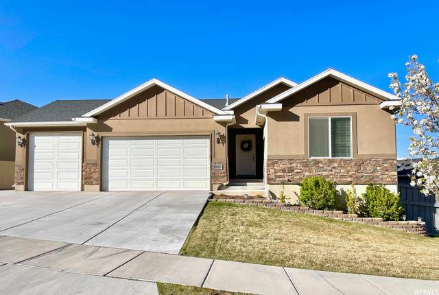 3887 E Hollow Crest Dr, Eagle Mountain, UT 84005 (#1735140) :: C4 Real Estate Team