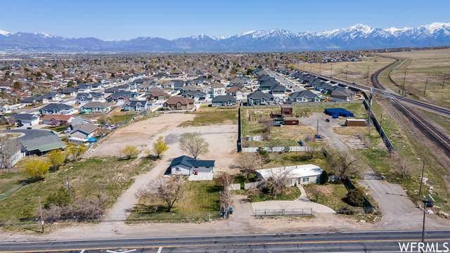 4053 S 7200 W, West Valley City, UT 84128 (#1735142) :: McKay Realty