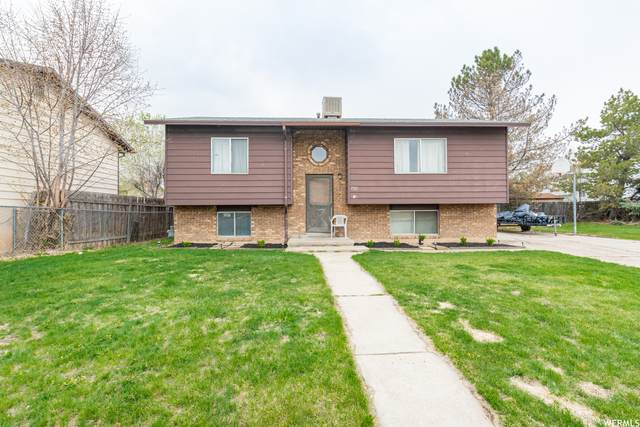 1920 S 200 E, Clearfield, UT 84015 (#1736041) :: Doxey Real Estate Group