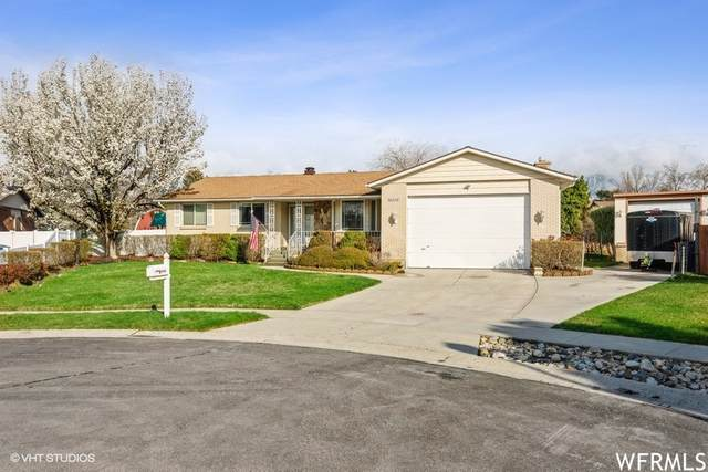 8921 S Marbella Cir E, Sandy, UT 84093 (#1736149) :: Exit Realty Success