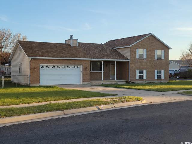 1203 W 2600 N, Clinton, UT 84015 (#1736417) :: Doxey Real Estate Group
