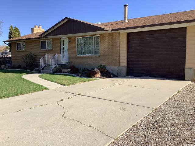 2454 W 12310 S, Riverton, UT 84065 (#1736421) :: The Perry Group