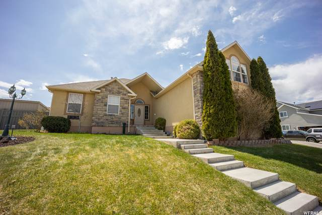 2086 E Pine Cone Rd, Eagle Mountain, UT 84005 (#1737313) :: Red Sign Team