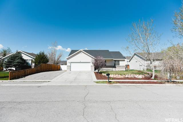 61 N Aspen Way E, Grantsville, UT 84029 (#1737459) :: Utah Dream Properties