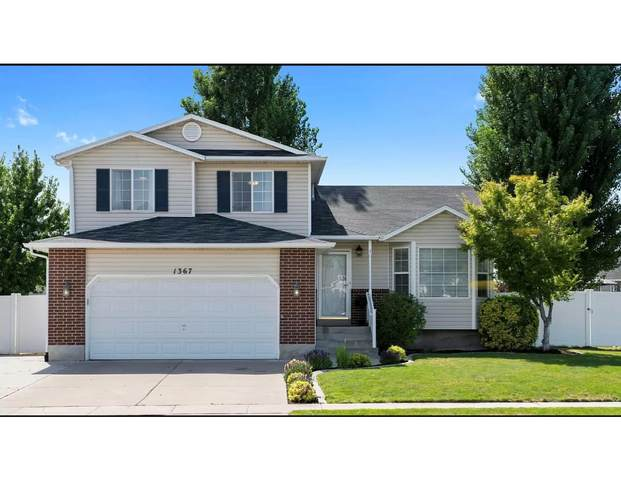 1367 N 2275 W, Layton, UT 84041 (#1737803) :: The Perry Group