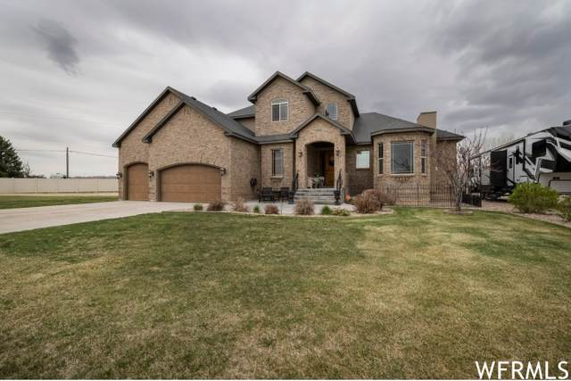 2486 S 300 W, Vernal, UT 84078 (#1737852) :: The Perry Group